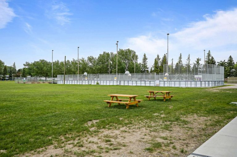 Outdoor Hockey rink and Lacrosse court with lots of space for teams and families